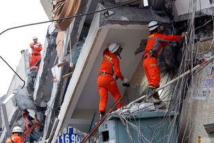 现场直击深圳坍塌救援者