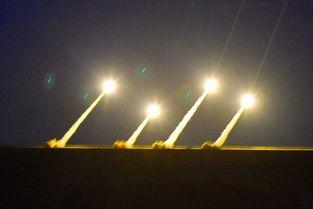 03式300毫米远程火箭炮威力巨大的03式300毫米远程火箭炮充分反映出解放军火力至上的追求.