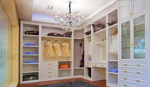 房间壁衣柜装修