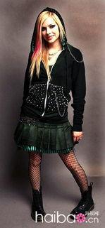 艾薇 将推个人服饰品牌 滑板女孩为主打