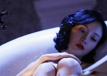 夏日最后的怀念 大牌女星经典出浴照 图