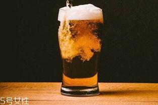 乌苏啤酒多少钱一瓶(谁能用几句话证明你喜)