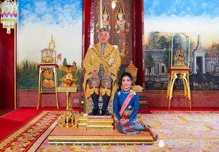 泰王哇集拉隆功与贵妃诗妮娜据南方都市报