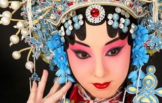 求有关于京剧戏曲的诗词