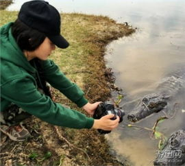 中国最美女汉子走红网络 野外打猎吃生肉堪称女版贝爷