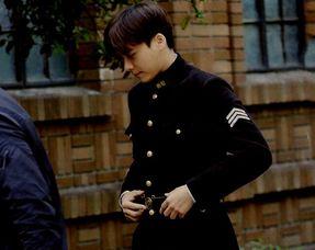 隐秘而伟大将开播,墨兰化身作家,李易峰身穿警服真帅