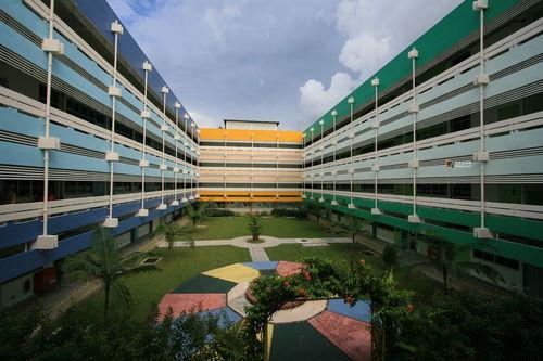 新加坡读语言学校费用2022年 去新加坡读语言班费用