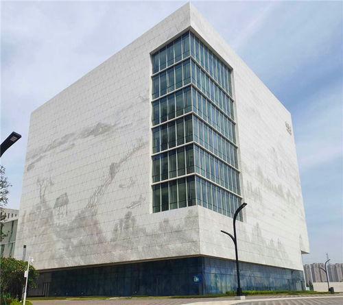 铝单板幕墙要专家论证