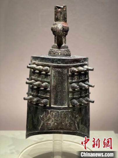 展览展出130余件(套)曾国青铜器精品。