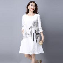 水墨图案,纯白底的半身长裙,应该搭什么样的上身(适合在衣服上的水墨