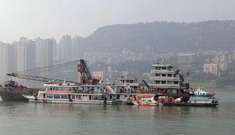 最新重庆万州公交车坠江现场已打捞出5具遗体