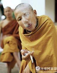 老挝和尚不为人知的另一面