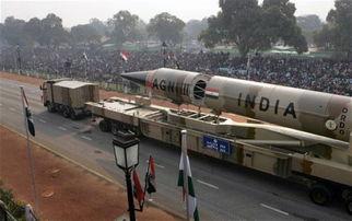 """资料图:印度""""烈火-3""""中程弹道导弹"""