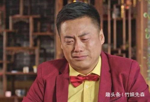 """提起宋晓峰,作为赵本山第38号徒弟,宋晓峰凭借《乡村爱情》中饰演的保安队队长一角为人熟知,而宋晓峰最拿手的绝活""""吟诗"""",也是很多观众也是送他外号""""吟诗狂魔""""、""""新念诗之王""""。"""