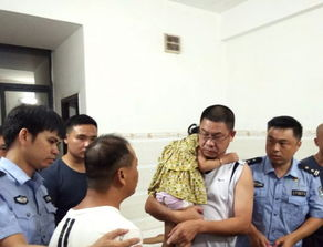 东方3岁女童景区走失警方7小时找回控制可疑人员4名
