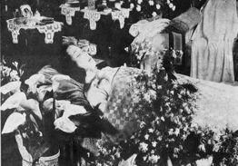 1935年3月8日 影星阮玲玉自杀身亡