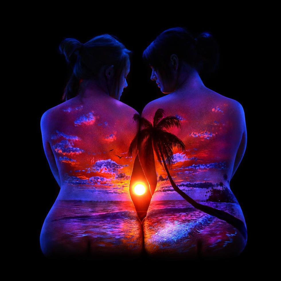 黑光人像 人体上的荧光风景