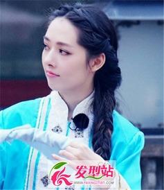 韩国女生喜爱的麻花辫设计 让你的欧巴也喜爱的发型