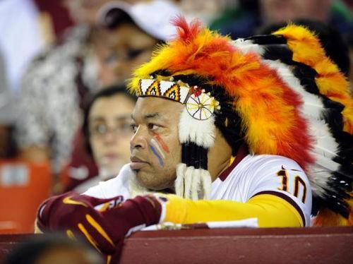 队名被美洲土著群体指责为种族歧视美橄榄球联盟华盛顿红皮队将更名