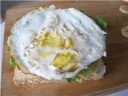 三明治香蕉鸡蛋