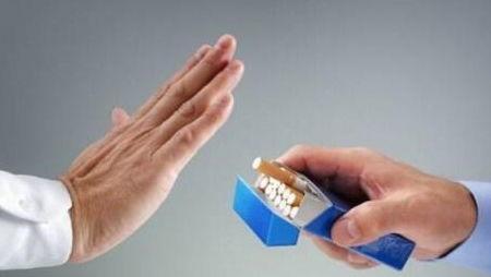 新手抽烟过肺正确方法(怎么吸烟过肺啊)