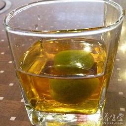 梅子酒的功效与作用 调节肠胃就喝梅子酒