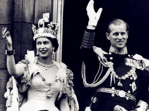 她错过了1953年女王伊丽莎白二世加冕仪式。(