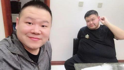 岳云鹏与孙越合照网友称两人有夫妻相