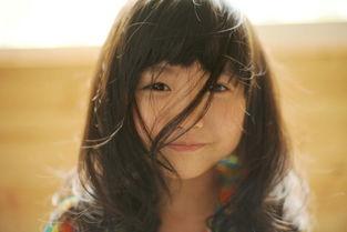 香港一6岁女童出写真集 部分照片尺度大引争议
