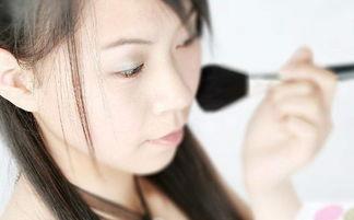 怎么化妆可以遮住毛孔