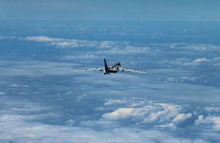 【南海局势最新消息】中国空军轰-6k战机战斗巡航。