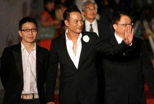 在香港,除了邓光荣 陈慧敏 向华强和他弟弟 杨受成之外,还有这一位...