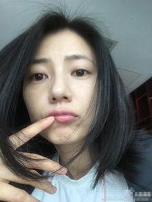 赵薇调侃自己患自拍病 女星无PS素颜自拍照大揭密