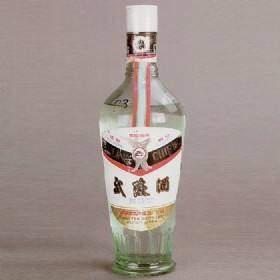 酱香型白酒排名十大酱香型白酒(酱香型白酒和浓香型白酒相比,哪种更好喝?)