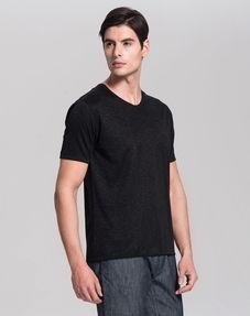 黑色t恤模板