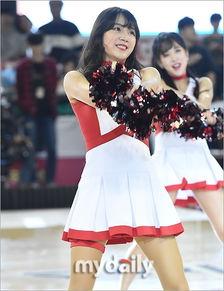 组图 韩国篮球宝贝助阵比赛 虎牙美女清纯靓丽