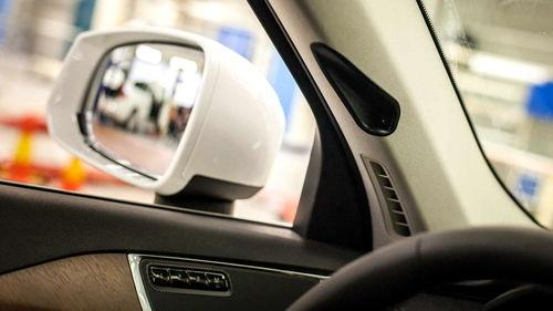 23岁女孩跟车搬家时跳车身亡,涉事司机存在诸多疑点现已被控制