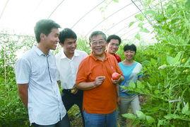 时代楷模、道德模范赵亚夫成为大学生村官的创业导师