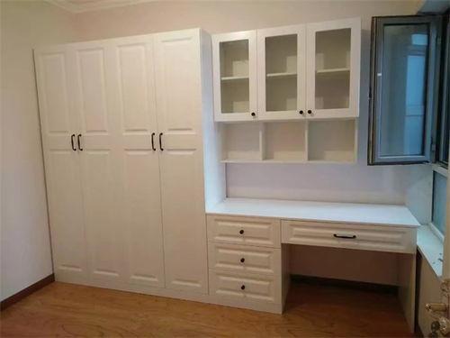 衣柜需要几个门铰