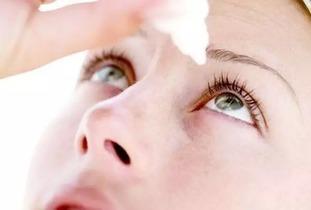 最伤角膜的四大行为 可能你一直都在做