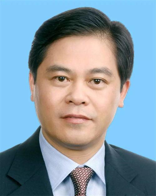陈豪代表(云南省委书记、省人大常委会主任)