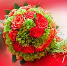 新娘手捧花同城速递香槟玫瑰济南鲜花速递手捧花求婚鲜花个性捧花