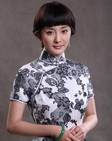 刘恺威和杨幂北京同居了吗 盘点杨幂露脸的惊艳服饰