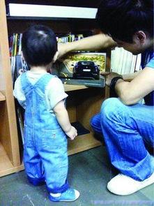 林志颖网上晒父子合照 近万粉丝留言祝福