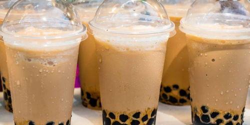 秋天的第一杯奶茶是个什么梗
