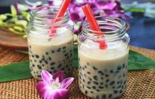 秋天的第一杯奶茶你喝了吗奶茶好喝,少贴秋膘哦