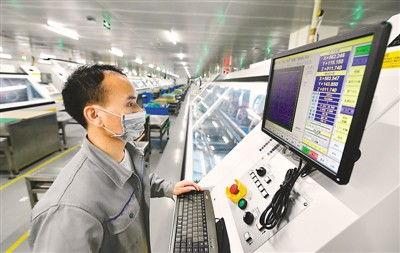 中国外贸外资持续稳定推动世界经济贸易复苏