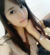 韩国美女教师走红 天使脸孔魔鬼身材秒杀一线女星