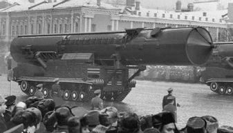 历史上苏联强大到如此地步,而美国只是冷战时期苏联的九牛一毛
