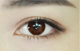 形容美瞳的句子